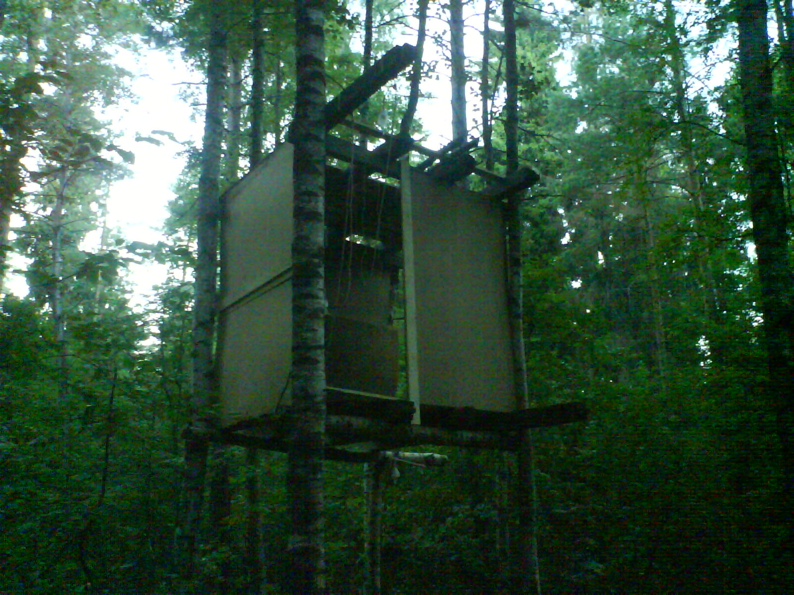 Домик на дереве своими руками - инструкция по строительству!