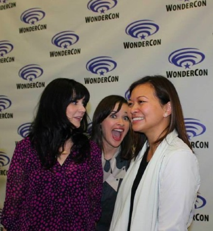 Hilarious BTS candid of @mereschmere @adeleBlim with peek-a-boo from @BrinaPalencia #StarCrossed #RenewStarCrossed #Stargazers