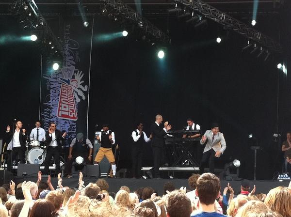 Ben l'oncle soul maakt er weer mooi feestje van in Groningen #bevrijdingsfestival