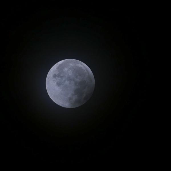 Volle maan na de verduistering. Maandag 28 sept 6:31 #maansverduistering  #buienradar
