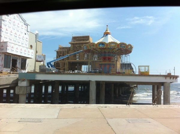 And another pic of Pleasure Pier