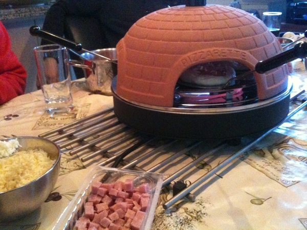 Gourmetten op zijn italiaans.. Pizza oven bakken!