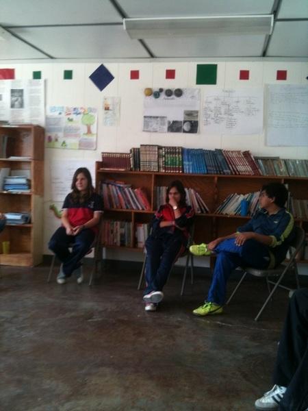 Empiezan a llegar los alumnos del Colegio Atabal en #SanMiguelDeAllende hablaremos de la Globalización.