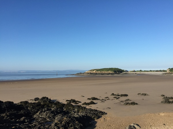 Barry Island in the morning sun #barrybados #barryisland #wales