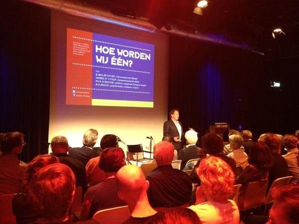 Debat 'Hoe worden wij 1?' over Europa   in - what's in a name - zaal De Unie wordt geopend door @Bjheijne