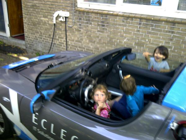 Kids zijn enthousiast over mijn nieuwe eletrische auto... Willen #leafplan