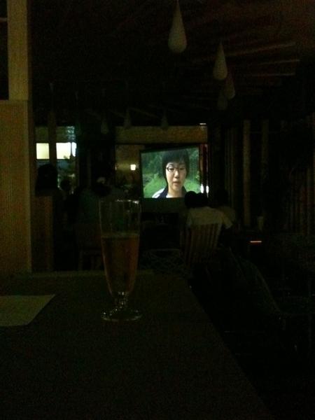 森カフェ映写室の特等席!ソファーシートとハートランド